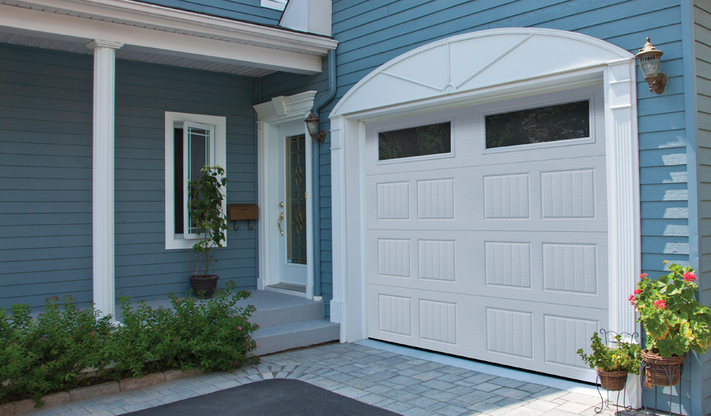 Dualforce® Residential Garage Door