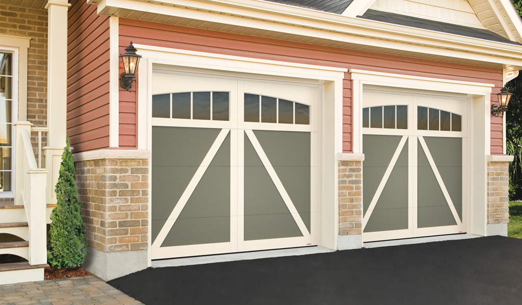 Eastman® Estate Residential Garage Door