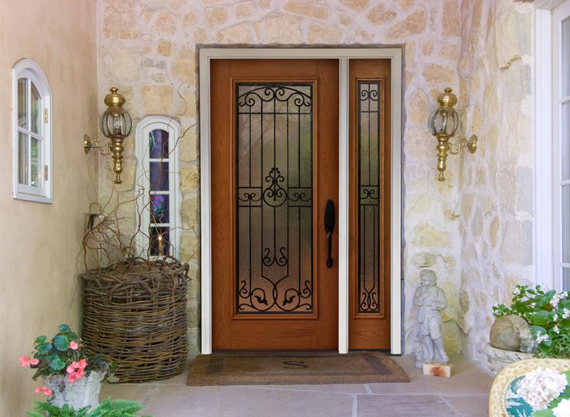 Provia Heritage™ Fiberglass Door