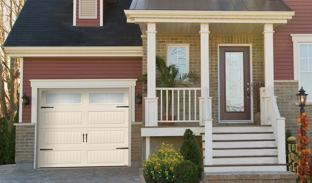 North Hatley® Residential Garage Door
