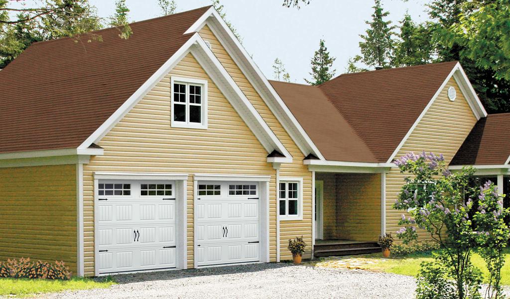 Stratton 138™ Residential Garage Door
