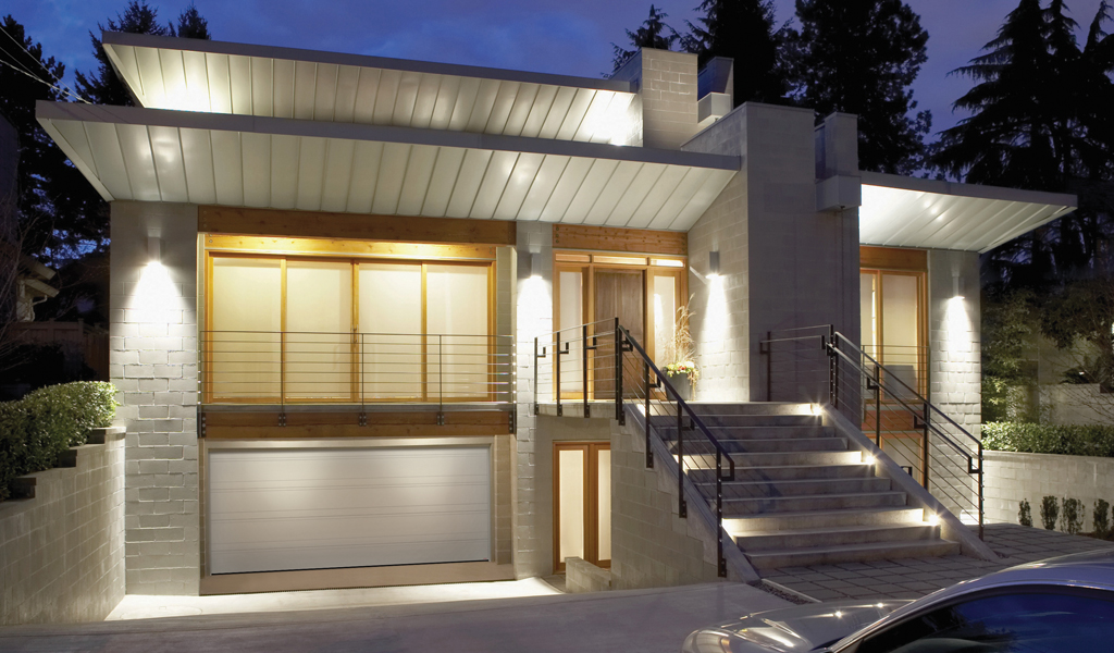 Top Tech Residential Garage Door