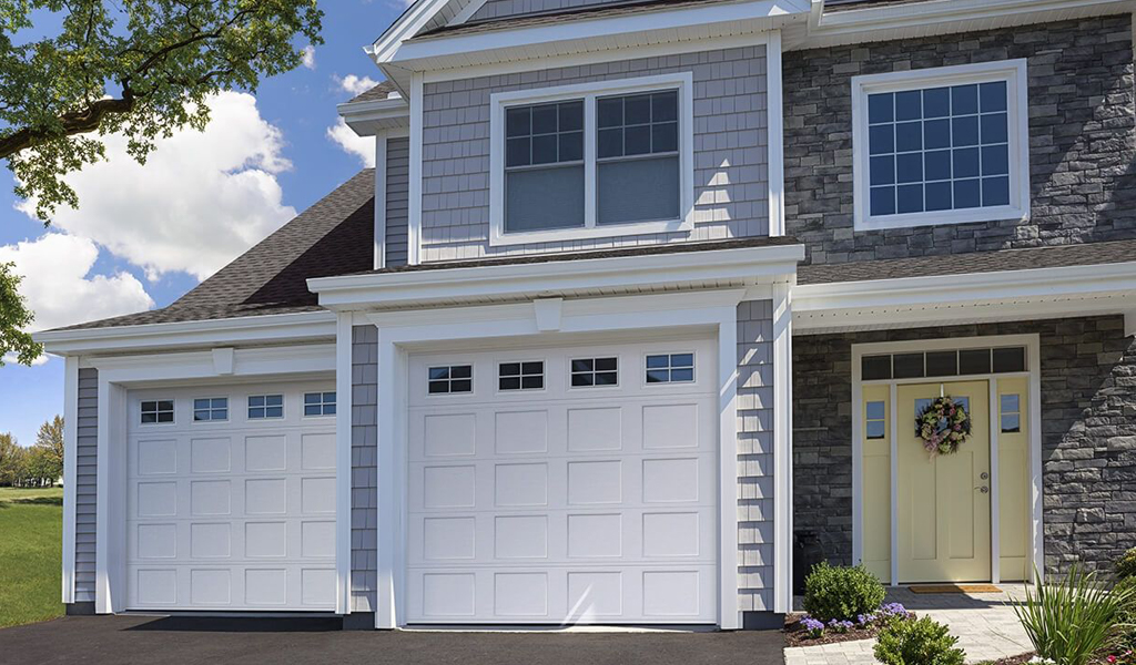 Vantage® Residential Garage Door